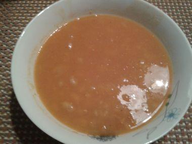 Italská rajčatová polévka s fazolemi