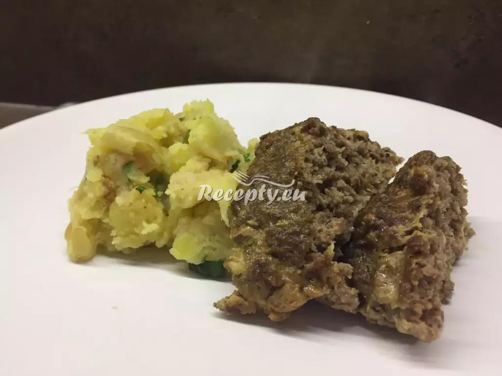 Sekaná pečeně se slaninou a olivami recept  mleté maso  Recepty ...