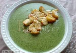 Špenátová krémová polévka