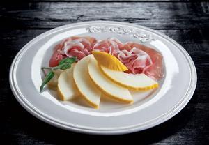 Prosciutto di San Daniele se žlutým melounem