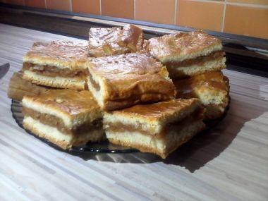 |Jablečná linecká buchta (Ala) | Tradiční recepty.cz