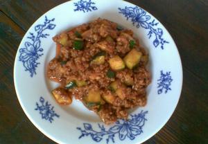 Masová směs s cuketou na těstoviny, brambory nebo rýži  Recepty ...