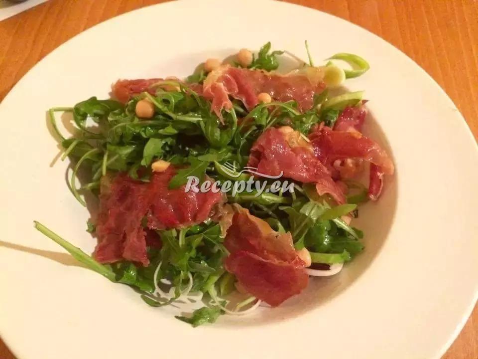 Salát s rukolou, cizrnou a pršutem recept  saláty