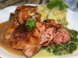 Kuřecí stehna s omáčkou z pečeného česneku recept