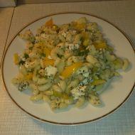 Těstovinový salát s nivou recept