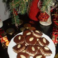 Kakaové dortíčky s ořechovým krémem recept