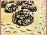 Rozpraskané čokoládové sušenky recept