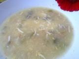 Polévka s pórkem, celerem, petrželí a sýrem recept