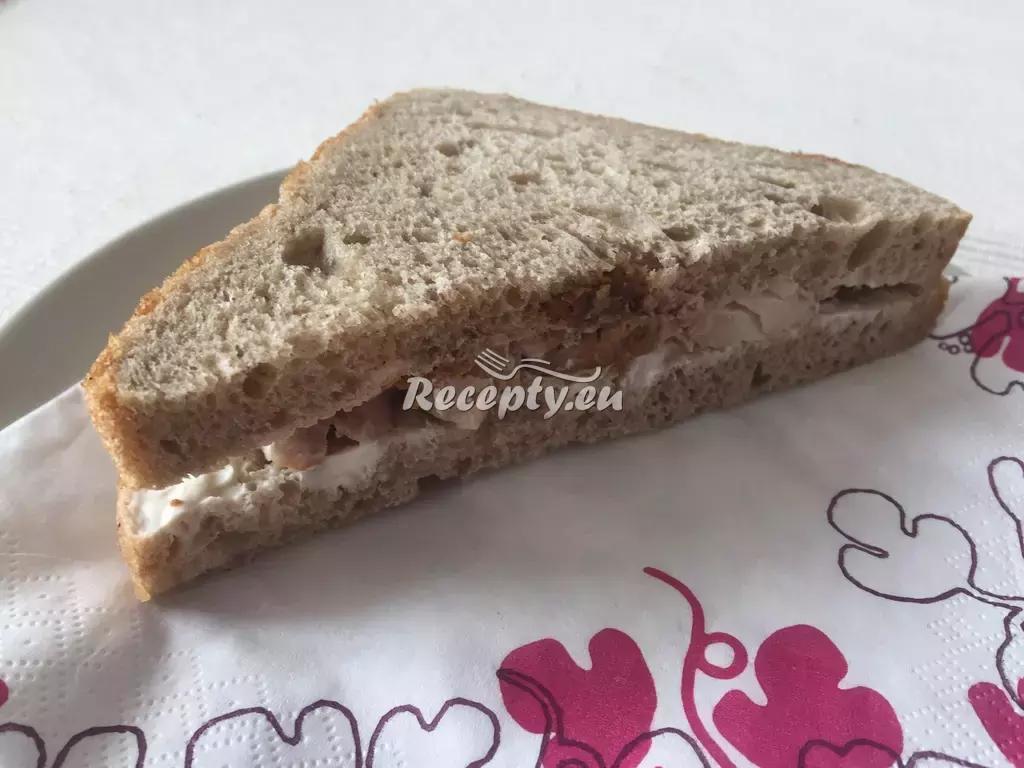 Toasty se šunkovou pěnou recept  předkrmy, snídaně
