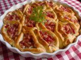 Slaný koláč se zelím a anglickou slaninou recept