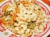 Těstoviny s paprikovým pomazánkovým máslem recept ...