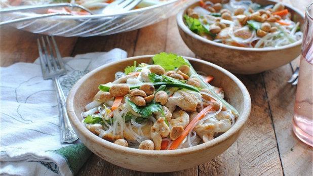 Vietnamský nudlový salát