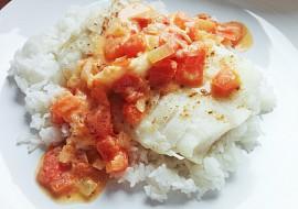 Treska s rajčatovou omáčkou a rýží recept