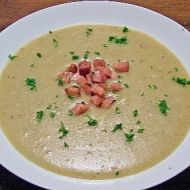 Bramborová krémová polévka se slaninou recept