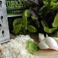 Italské bazalkové pesto recept