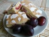 Švestkový koláč s tvarohem a sněhem recept