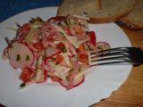 Jarní sýrovo-salámový salát recept