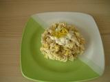 Těstovinový salát s kuřecím masem, tuňákem a kukuřicí recept ...