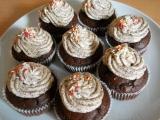 Čokoládové muffiny s krémem stracciatella recept