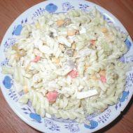 Těstovinový salát se zeleninou a masem recept
