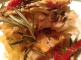 Těstoviny zapečené s rukolou, slaninkou a sušenými rajčátky recept ...