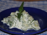Okurkový salát s mátou recept