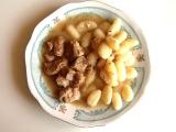 Dušené vepřové s cibulí, česnekem a hořčicí recept