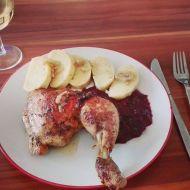 Kuře ála kachna s červeným sladkokyselým zelím a bramborovým ...