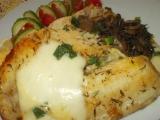 Tilapie, zapečená s mozzarelou a houbami recept