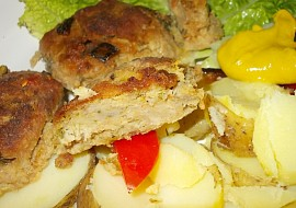 Krůtí karbanátky s cuketou a kapustou recept