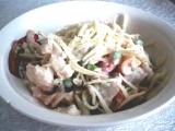 Těstovinový salát s jogurtem a zeleninou recept