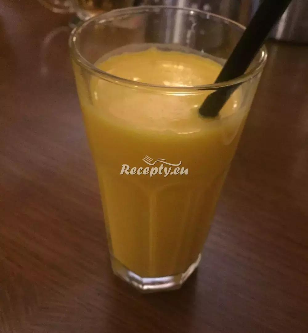 Mango lassi recept  zahraniční recepty