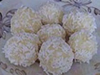 Indické kokosové kuličky