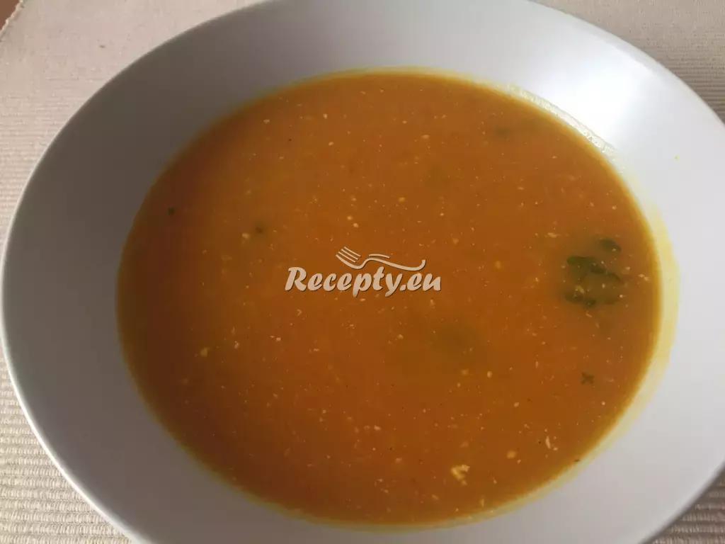 Mrkvový krém s ředkvičkami recept  polévky