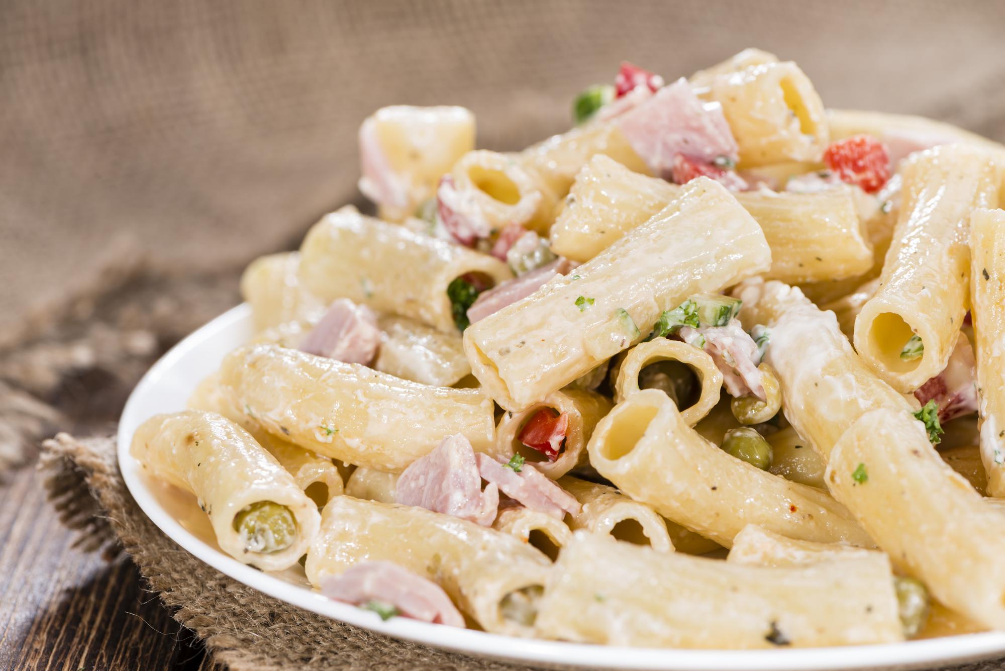 Studený těstovinový salát recept