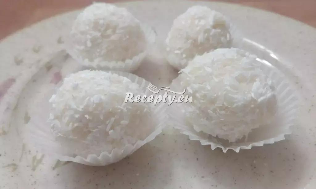 Nepečené rychlé kokosové cukroví recept  nejen vánoční cukroví ...