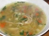 Krůtí vývar se zeleninou a nudlemi recept