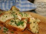 Zapečená česneková bageta recept