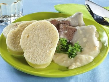 Recept Křenová omáčka s uzeným