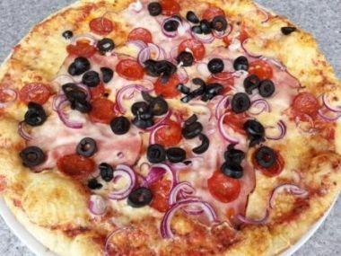 Pizza con prosciutto di Parma