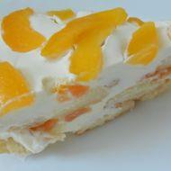 Nepečený dort s meruňkami recept