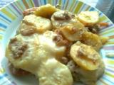 Zapečené brambory s tuňákem, rajčaty a bešamelem recept ...