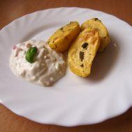 Bylinkové brambory s jarním dipem recept