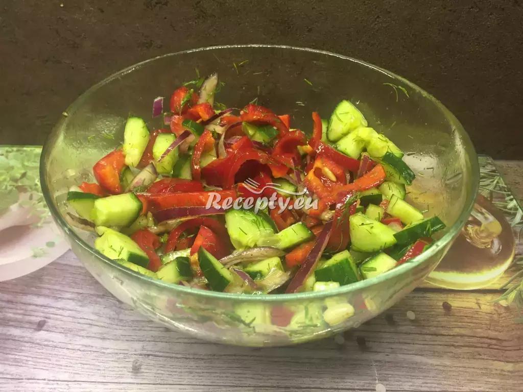 Paprikovo-cibulový salát recept  saláty