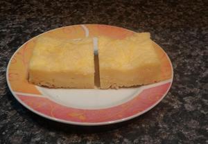 Tvarohový koláč z drobenky  hrnkový