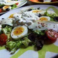 Řecký salát s tzatziki recept
