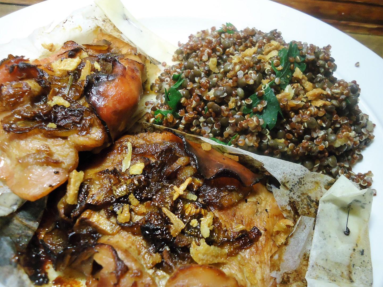 Krůtí v papilotě s belugo-quinoovou přílohou recept