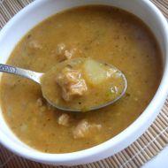 Pikantní sójový guláš recept