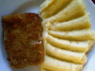 Smažené rybí filé s bramborovou kaší