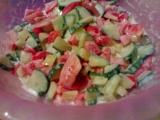 Zeleninový salát s česnekem recept